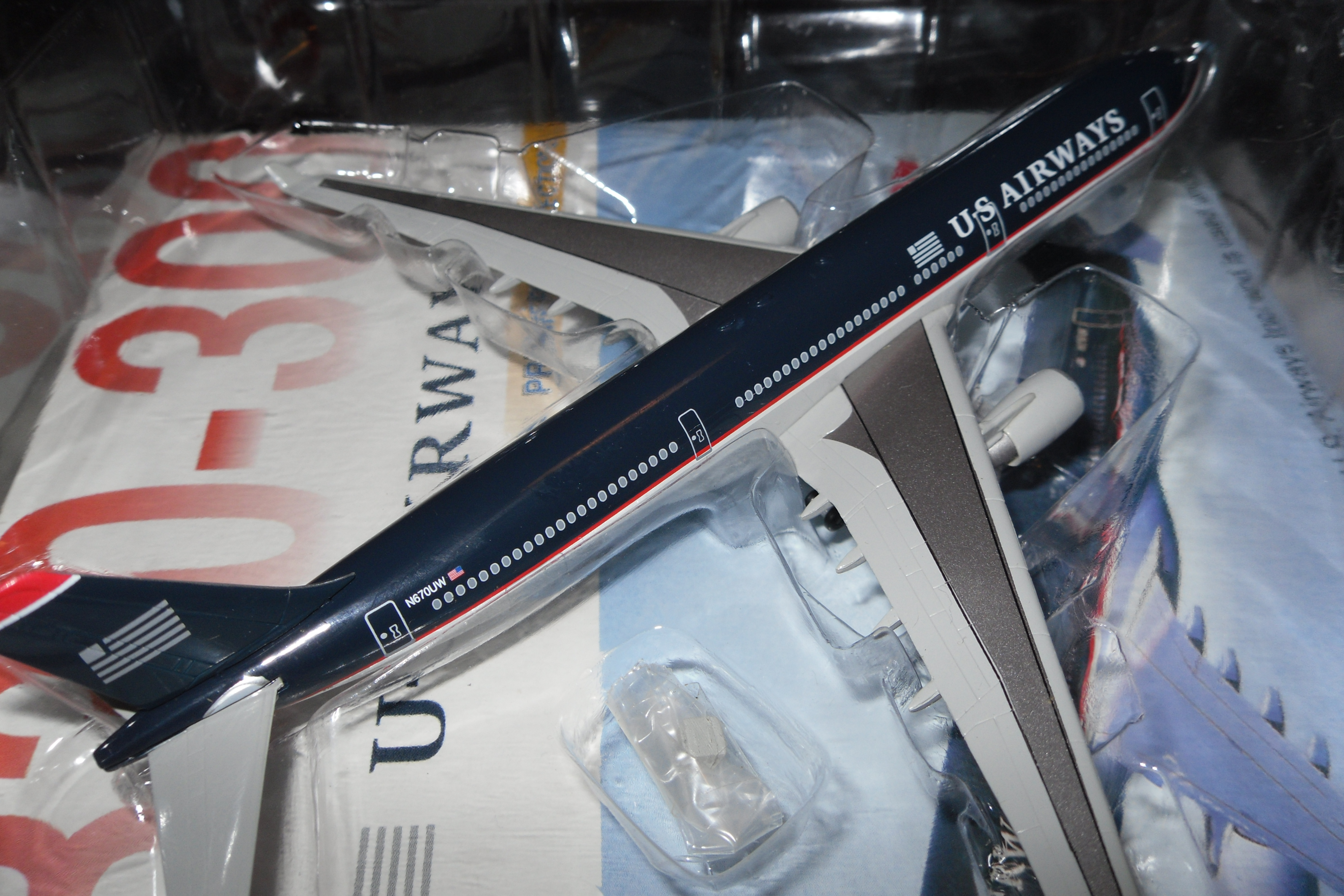 55179 A330-300 U.S. Airways Premiere Collection 1/400 Scale